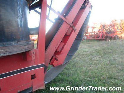 1996 Farmhand F892 CG7000