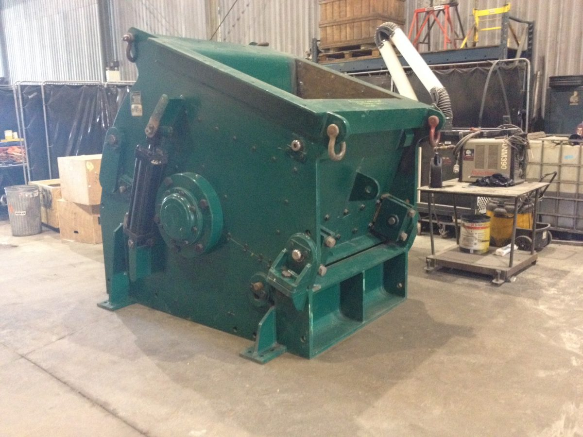 1999 CBI 4848 grizzly mill